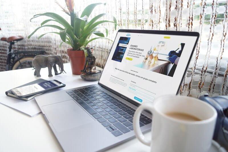 Mockup Núcleo Lapecco - Marketing Digital e Inbound Marketing em BH